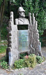Monumento a tutti gli Alpini
